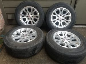 Photo 18 GMC / Chevy 1500 Rims And Tires