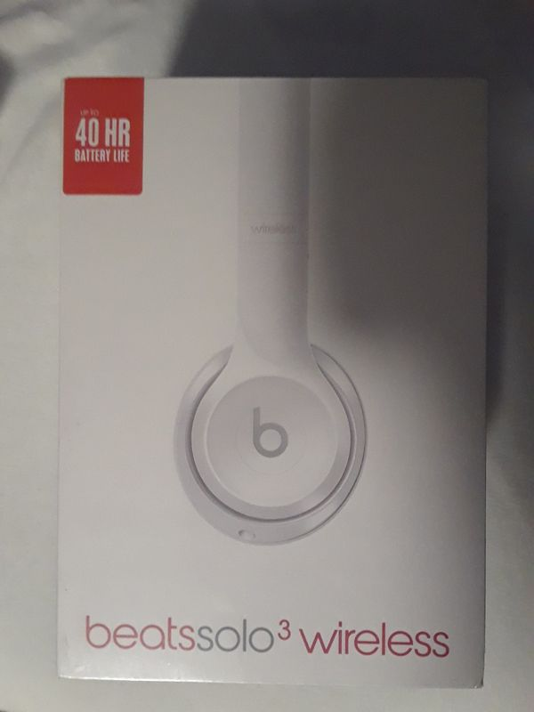 Beats solo 3 wireless Gloss white for Sale in Kent 6808e2fc58d0