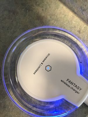Qi wireless charger for Sale in McAllen, TX