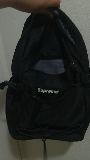 4b338b1aa New and Used Supreme backpack for Sale in Los Angeles, CA - OfferUp