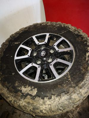 2018 Toyota Tundra rims and tires off-road tires for Sale in Accokeek, MD