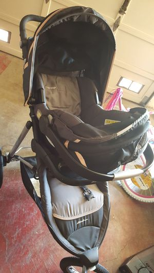 Eddie Bauer Carseat Stroller And Base For Sale In Daly City CA