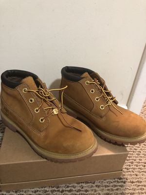 Timberland boots size 7 for Sale in Miami, FL