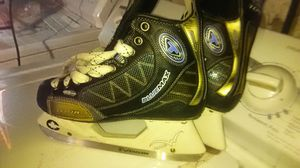 Tour blue max ice skates for Sale in St. Louis, MO