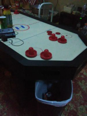 Harvard air hockey table for Sale in Dallas, TX
