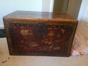 Antique trunk for Sale in Fairfax, VA