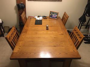Expandable wood table and 6 chairs for Sale in Bellevue, WA