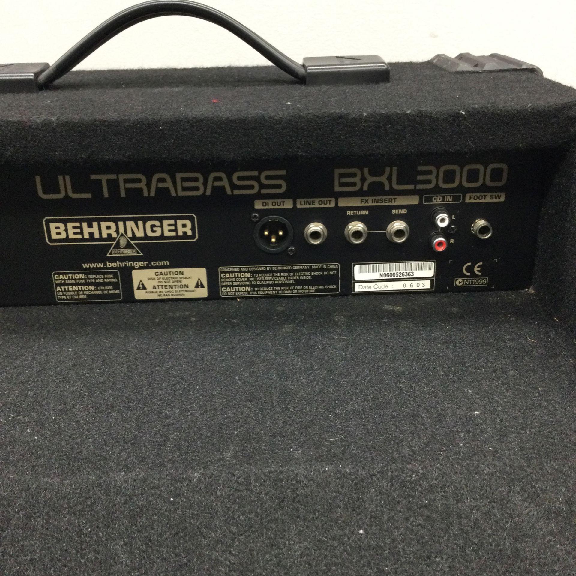 Behringer Ultra bass BXL3000
