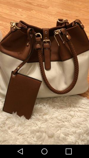 New leather handbag for Sale in Gaithersburg, MD