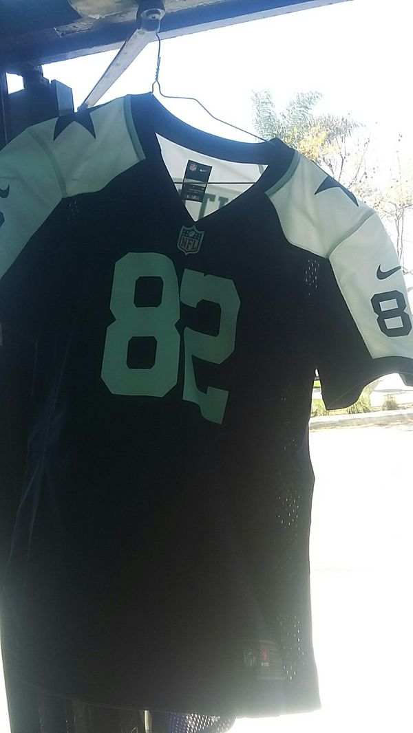 7804e722 NFL NIKES ON FIELD KIDS SMALL JERSEY for Sale in Long Beach, CA - OfferUp