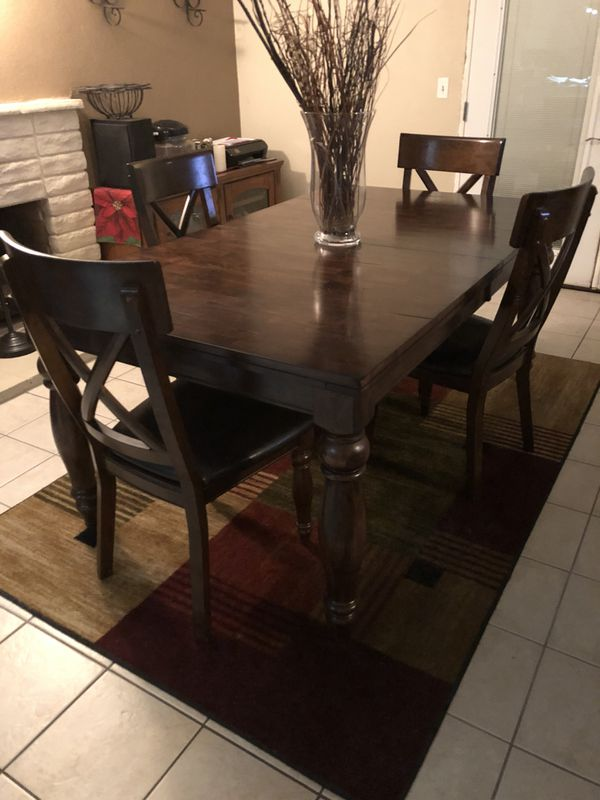 Dining Table For Sale In Rancho Cucamonga Ca Offerup