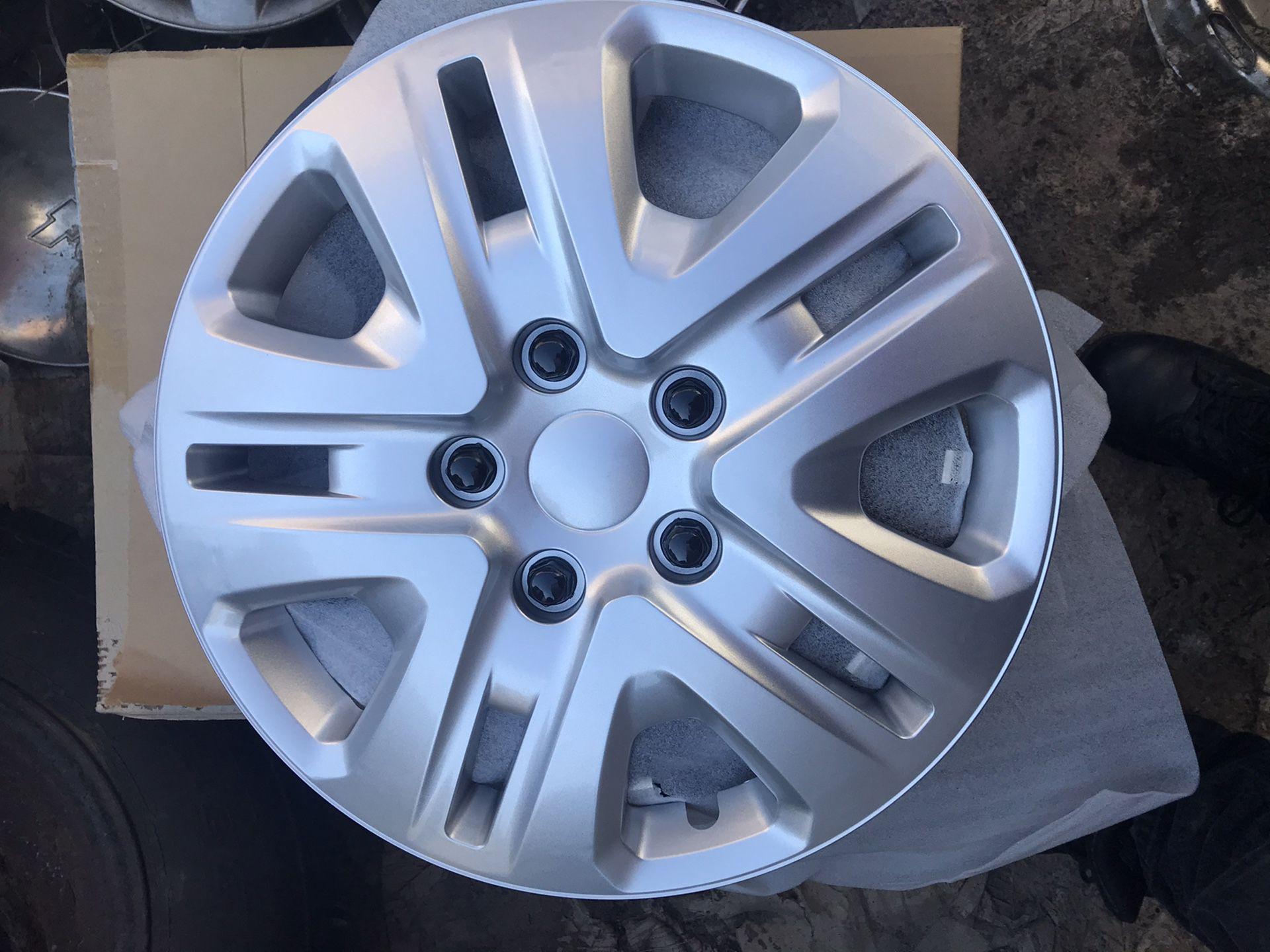 "4 Hubcaps 17"" Chrysler dodge replica"