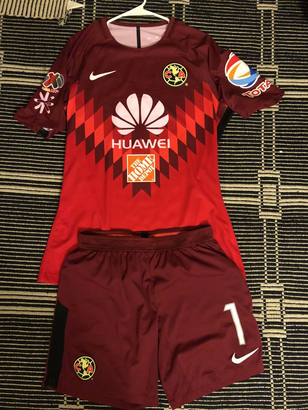 official photos b751a 3bd26 Nike Club America Mexico marchesin goalkeeper Uniform Jersey and shorts for  Sale in San Jose, CA - OfferUp