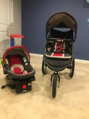 Graco Baby jogger car seat and stroller set with base for Sale in Clarksburg, MD