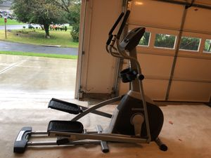 Rarely used Horizon elliptical trainer for sale for Sale in Falls Church, VA