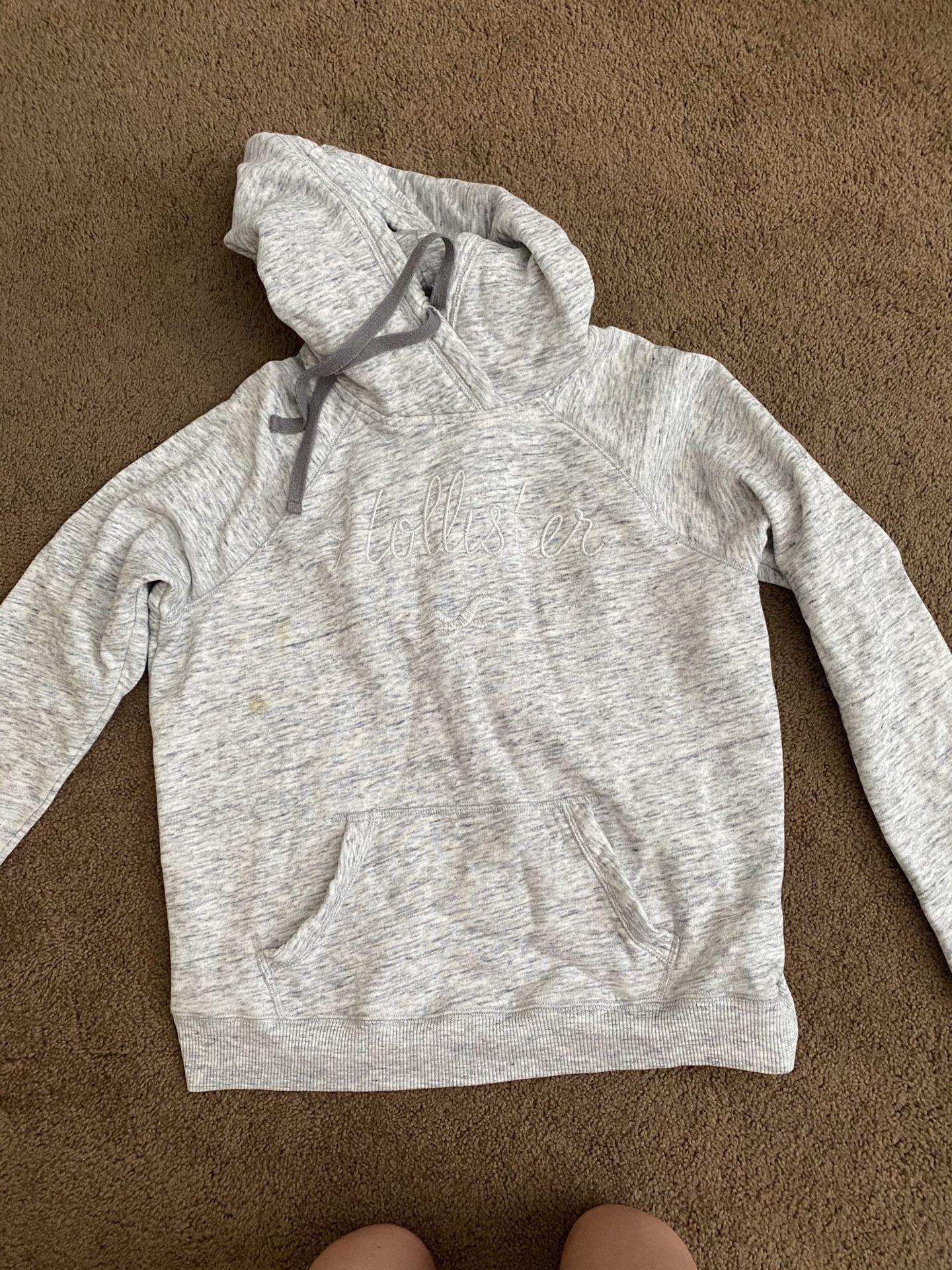 Hollister Sweatshirt!