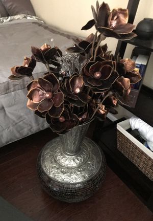 4ft mosaic silver vase decorateur for Sale in Springfield, VA