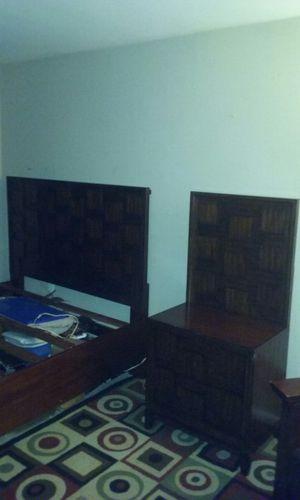 5 piecie bed room set for Sale in Gaithersburg, MD
