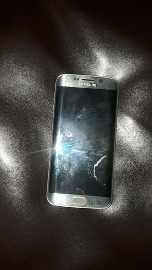 Samsung galaxy S6 edge for Sale in Riverdale Park, MD