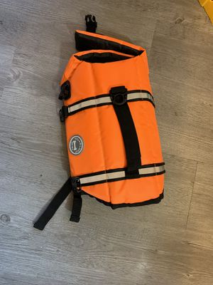 Dog life vest size small for Sale in Tampa, FL