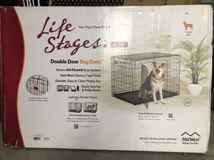 Life stages double door dog crate for Sale in Baltimore, MD