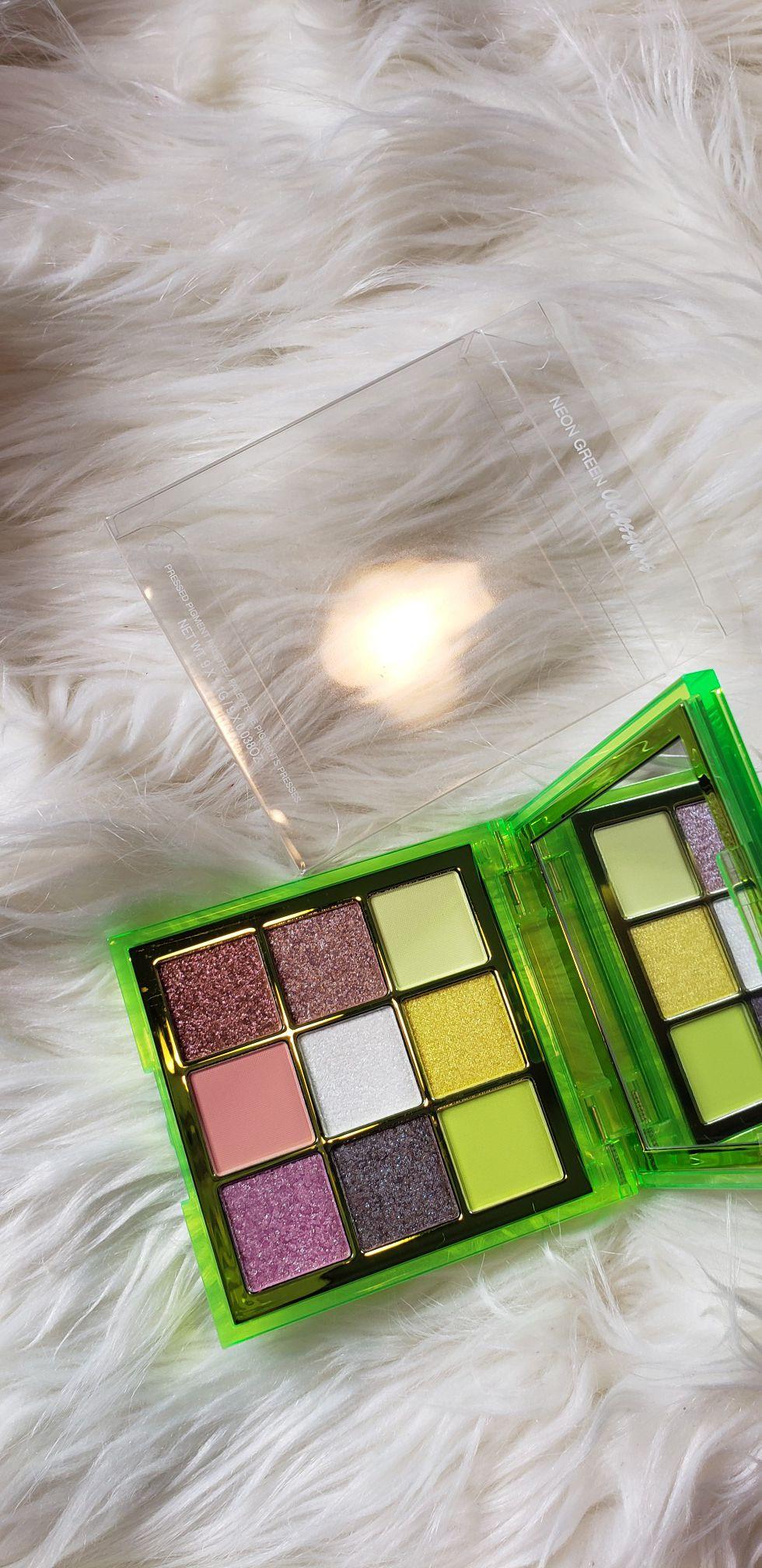 Huda neon green palette