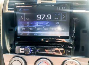 Photo Dual Double Din CD/DVD car audio receiver.