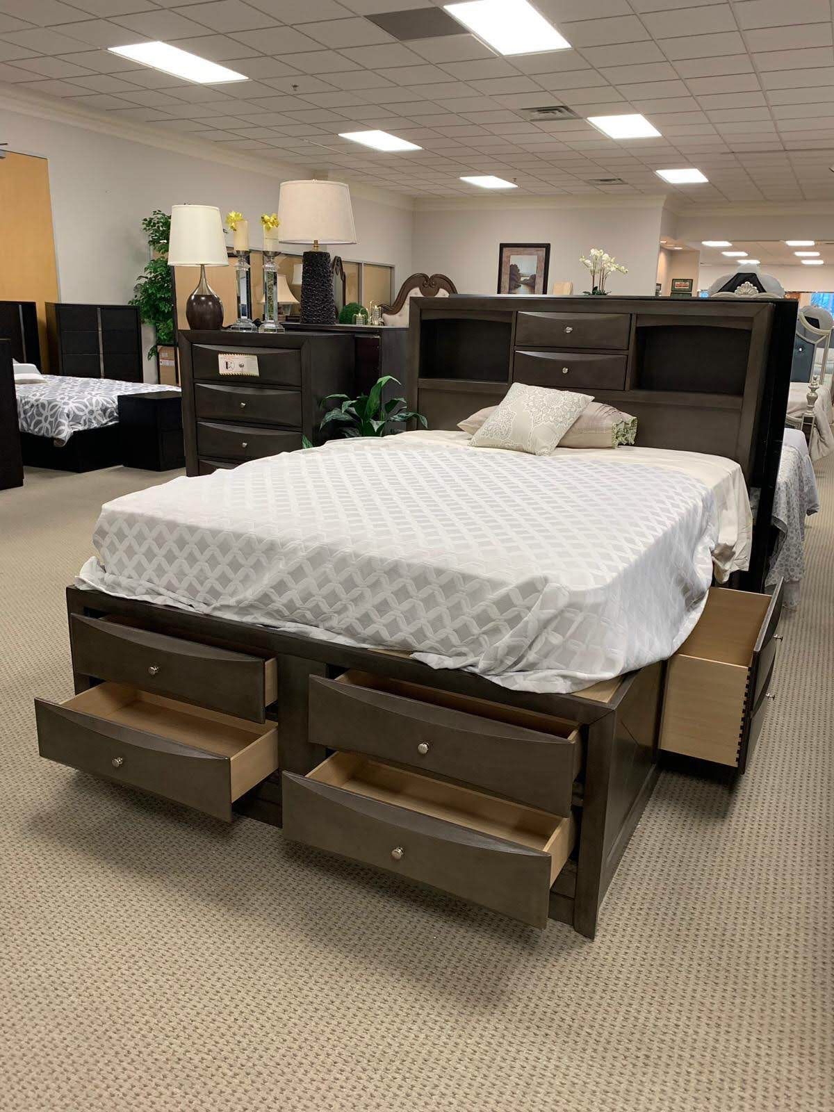 Emily Queen storage bed -$39 Down Payment/Online/Same-Day Delivery