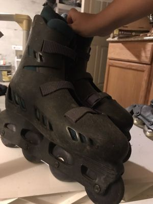 pair of black inline skates for Sale in Baltimore, MD