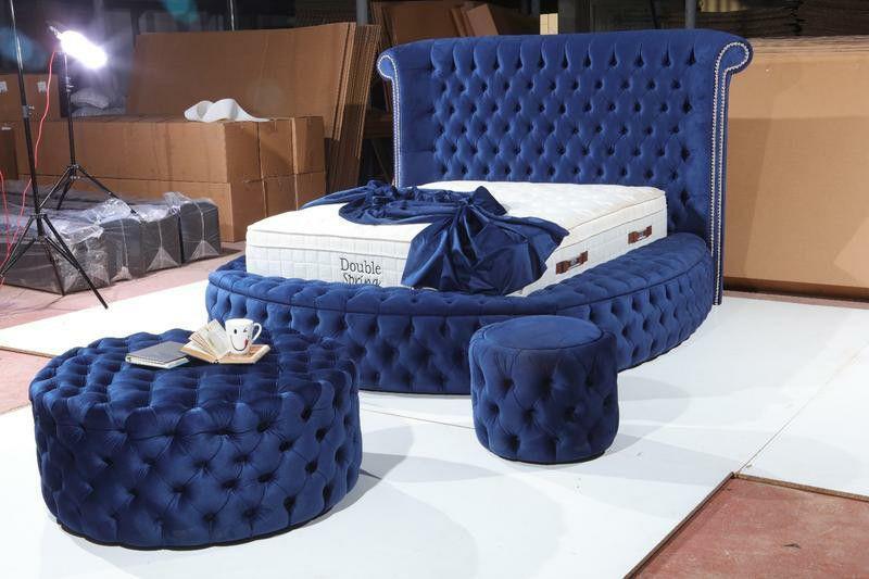 ✴️Glamour Velvet Navy Queen Storage Platform Bed