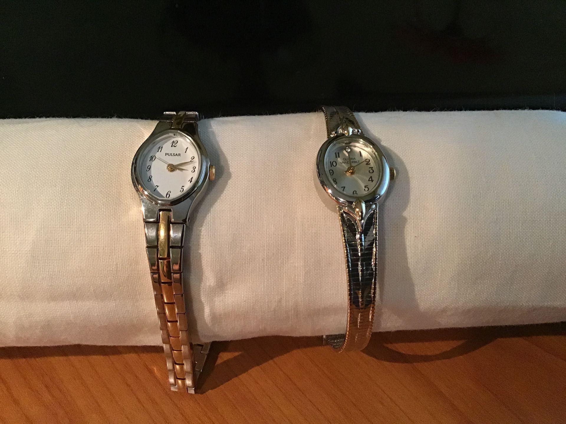 Wrist Watches - Pulsar & Gloria Vanderbilt