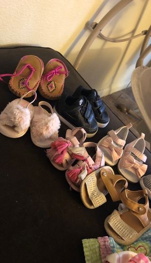 Photo Clothes and shoes for baby 6-12 months