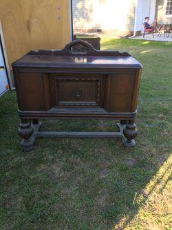 Antique Marsh Furniture Thumbnail