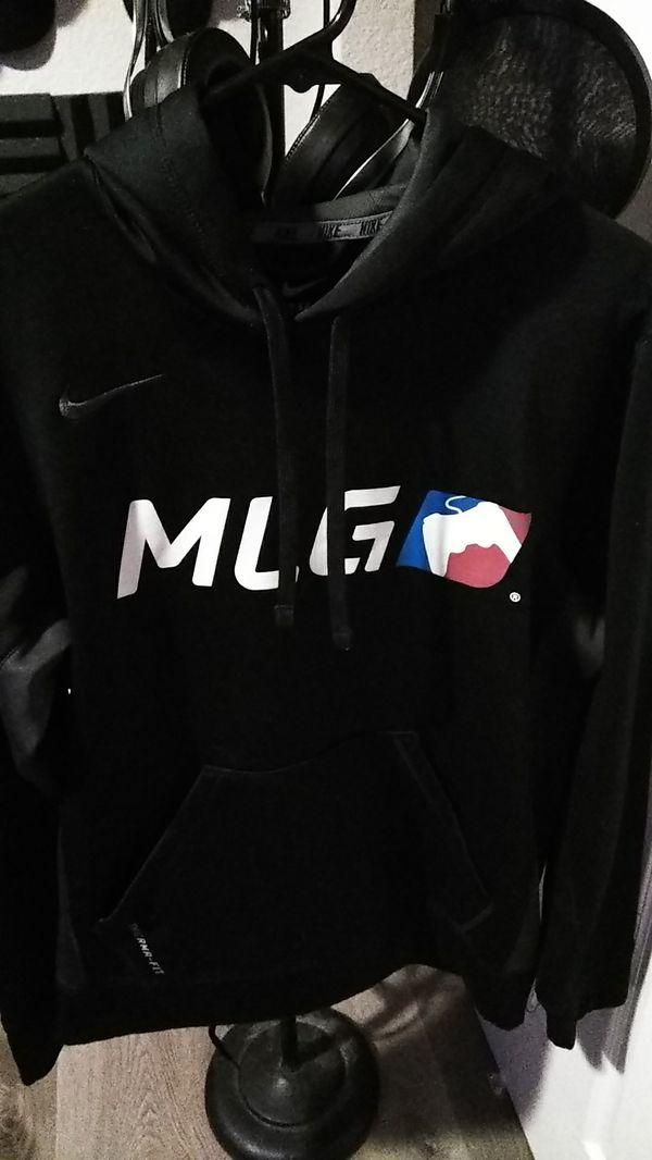 nike hoodie on sale