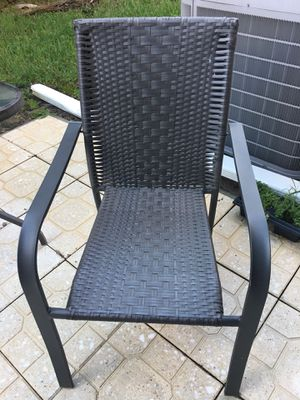 Outdoor 6 chairs $60 plus free table for Sale in Boca Raton, FL