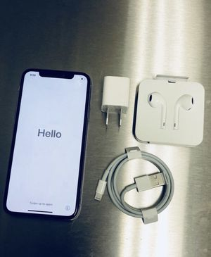 iPhone X 256GB Unlocked Silver/White for Sale in Herndon, VA