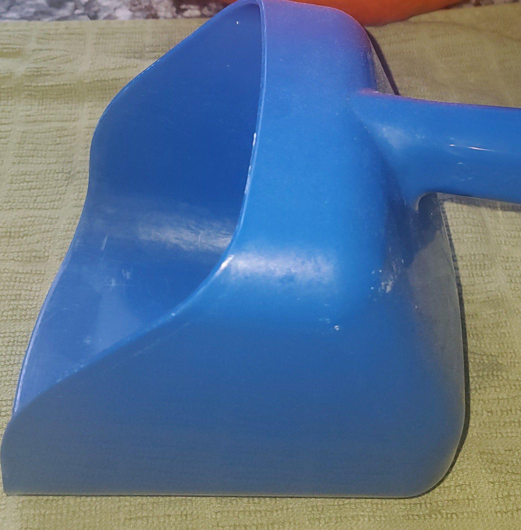 Manitowoc plastic ice scooper