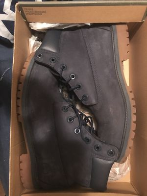 Timberland boots color blue in like new condition size 7 for Sale in Washington, DC