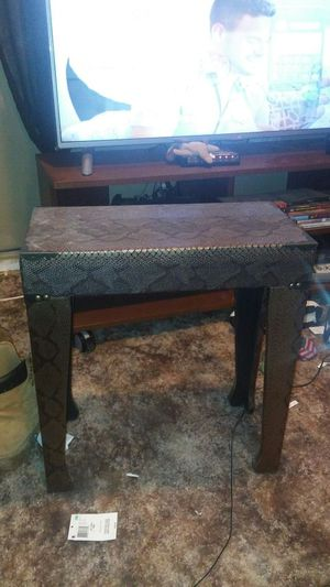 Snakeskin Accent Table for Sale in Washington, DC