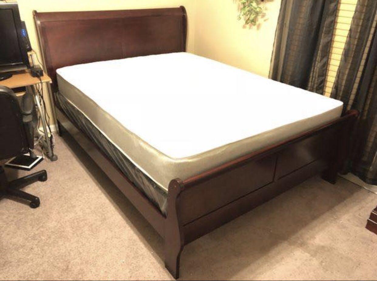 BRAND NEW QUEEN CHERRY BEDROOM SET