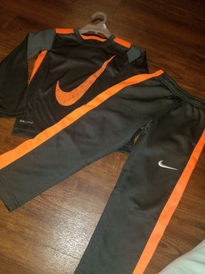 Nike 2pc set 4t for Sale in San Diego, CA