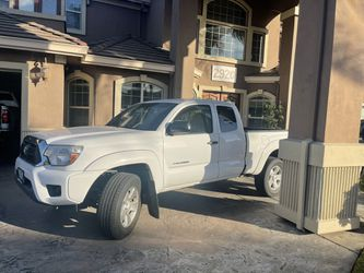 2013 Toyota Tacoma Thumbnail