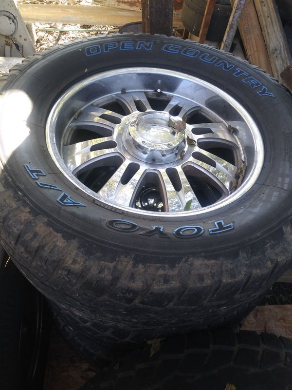 Rims And Tires 20 Quot 325 60 Toyo Chevy For Sale In San