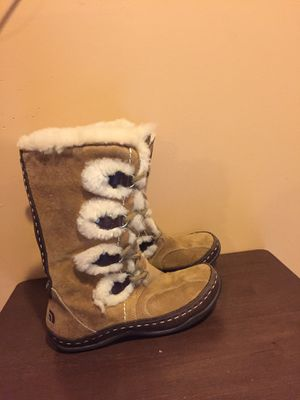 North Face Boots women's sz. 6 for Sale in Springfield, VA