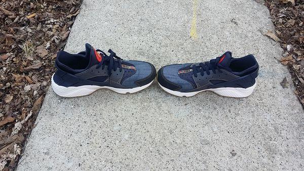 size 40 85f23 eb413 Nike huarache shoes for Sale in Oak Park, IL - OfferUp