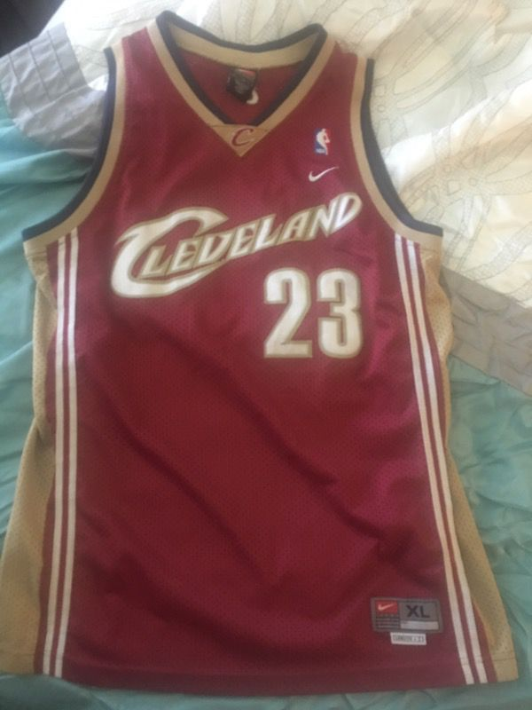 sports shoes ec907 4bbf7 Lebron James rookie cavs jersey (throwback) stitched 100% authentic for  Sale in Milpitas, CA - OfferUp