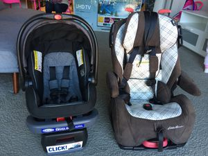 New Graco car seat. Bought it 175$ selling it 120$ Eddie Bauer car seat good condition very clean. 80$ for Sale in Arlington, VA