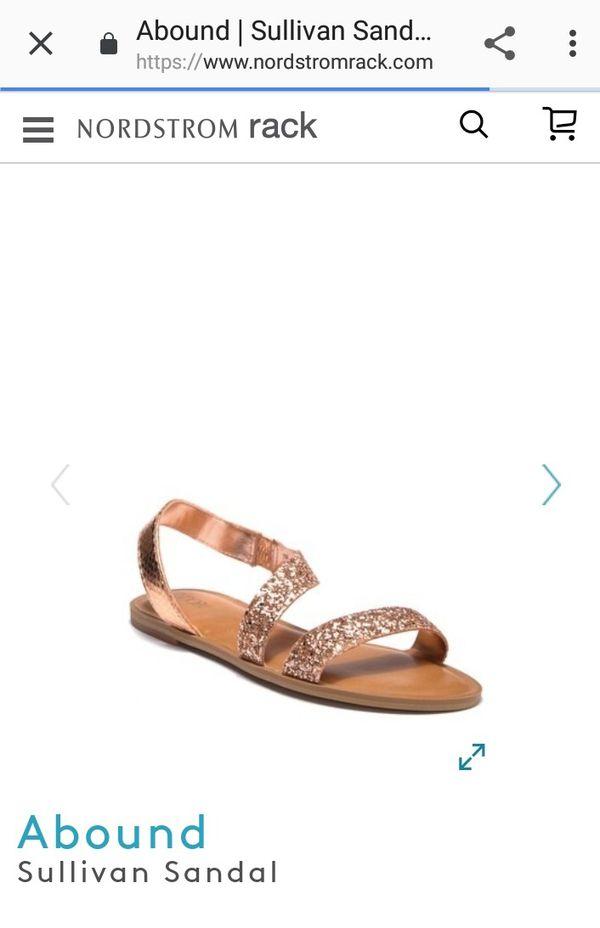 cf5fbddc7ee291 Nordstrom Rack- ABOUND sandal Rose gold for Sale in Long Beach
