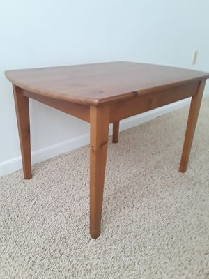COFFEE TABLE WOOD NEW CONDITION ,DIMENSIONS ARE , W 30.5 , L 21 , H 19 for Sale in Sunrise, FL