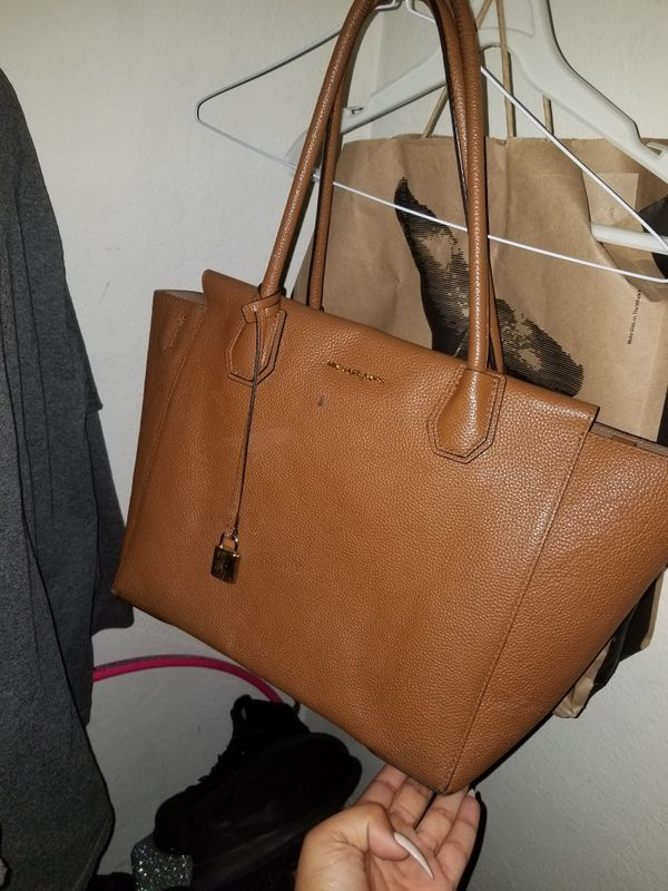 c2d4e4c32360 Mk brown leather bag good condition for Sale in Garden Grove, CA - OfferUp